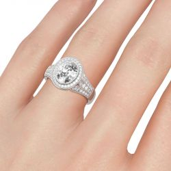 Jeulia Halo Oval Cut Sterling Silver Ring