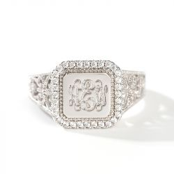 """Jeulia """"Be a Queen"""" Monogram Personalized Sterling Silver Ring"""