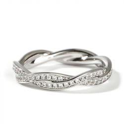 "Jeulia ""Twist of Fate"" Simple Design Sterling Silver Women's Band"
