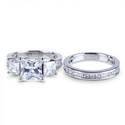 Jeulia Three Stone Princess Cut Sterling Silver Ring Set